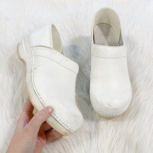 DANSKO White Leather Nursing Clogs SZ 41